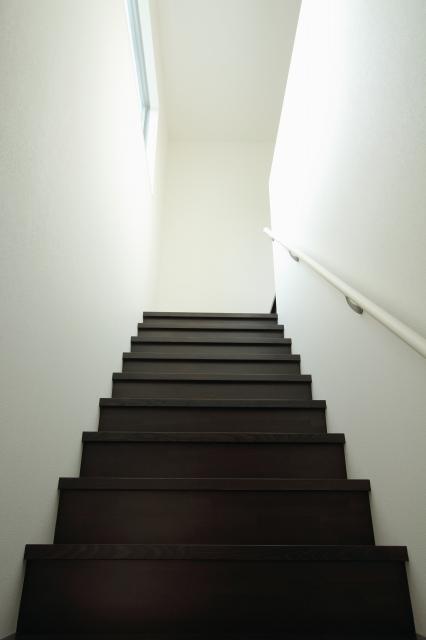 ササラ桁の無い階段