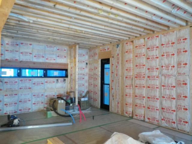 枠組壁工法の断熱材