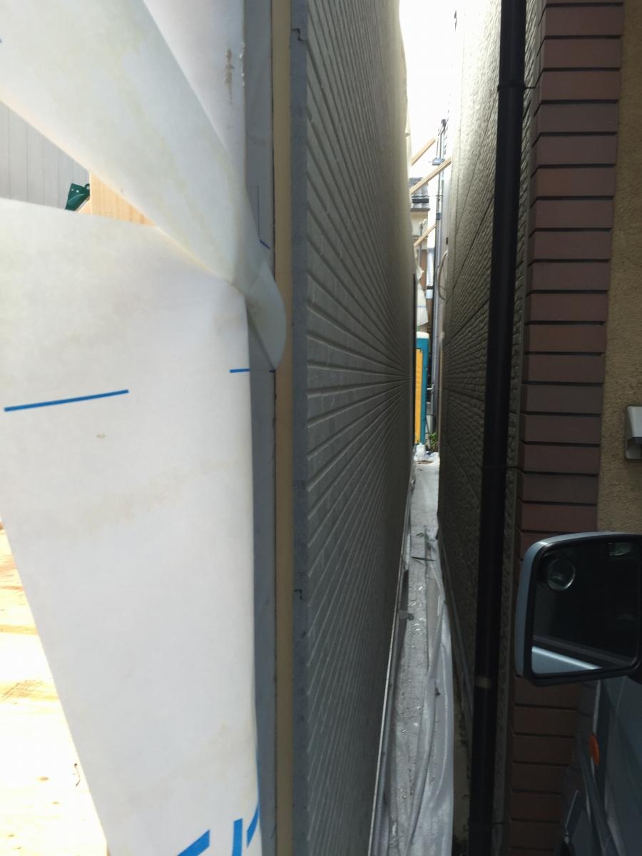 建て起し 敷地の隙間