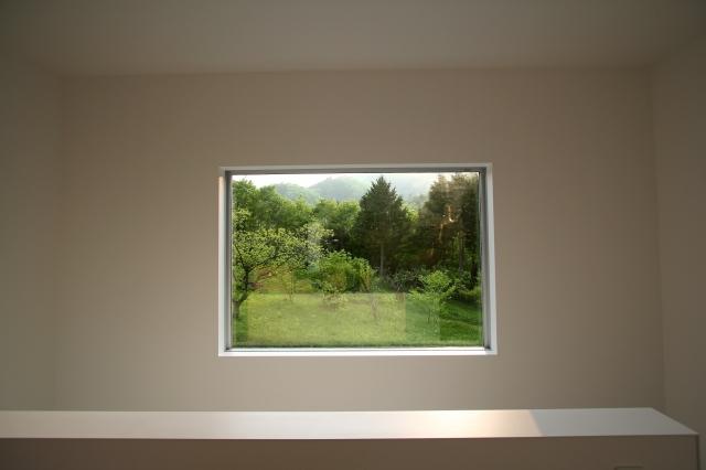 窓で額縁効果